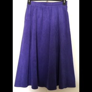 Lilli Ann Collections Skirt 💜Ultrasuede Facile💜
